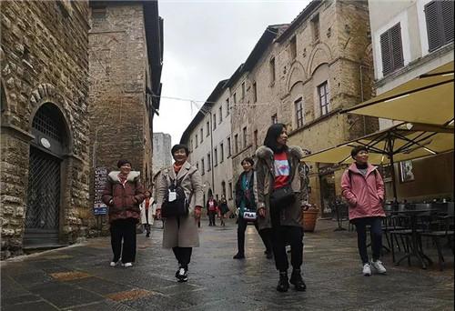 金日Day3:漫步圣吉米尼亚诺,邂逅中世纪的瑰丽奇迹